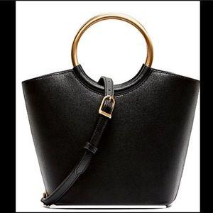 FLYNN Bags - NEW FLYNN BARKLEY LEATHER TOTE (NWT)